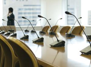 IL NOSTRO STAFF INTERVIENE PER ORGANIZZARE CON ESPERIENZA ED EFFICIENZA LE STRUTTURE LEGATE AL BUSINESS.